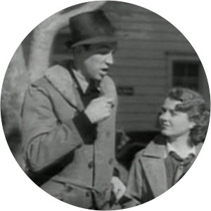 Small Town Girl - 1936 ‧ Black and white/Romance ‧ 1h 46m