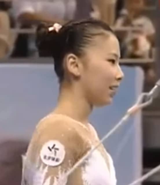 He Kexin - Chinese gymnast