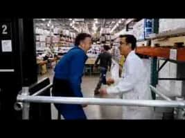 Employee of the Month - 2006 ‧ Romance/Comedy ‧ 1h 48m