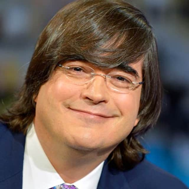Jaime Bayly Whois He has won an emmy award and two of his books have been adapted into international movies. xwhos